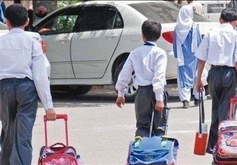 تلاش های پاکستان برای مقابله با کرونا؛ از نصب نمایشگرهای هوشمند تا تعطیلی مدارس در ایالت سند