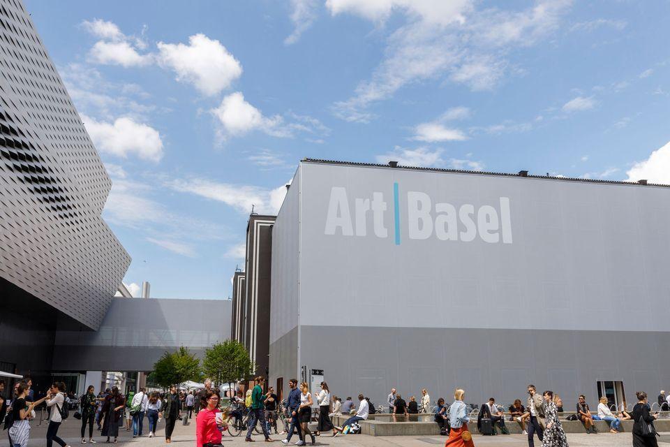 خبرنگاران کرونا و لغو مهم ترین رویداد هنری بهار 2020