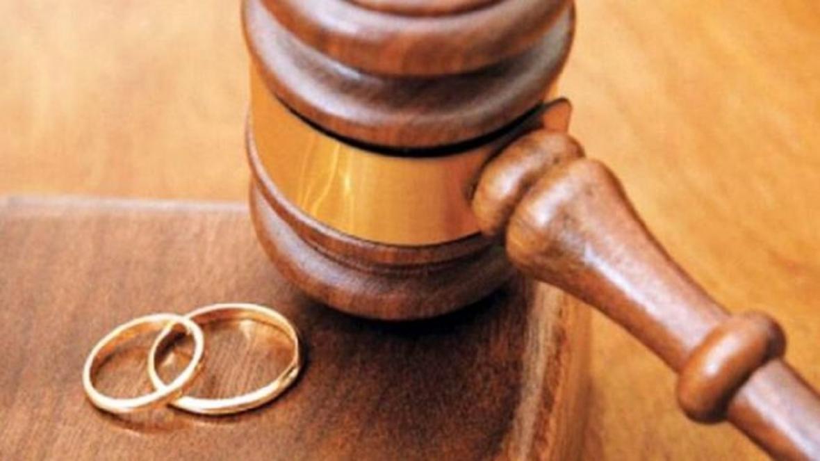 طلاق به خاطر ولخرجی های همسر