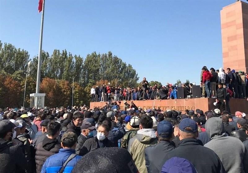 آماده باش پایگاه هوایی روسیه در قرقیزستان، تعداد مجروحان در بیشکک به 900 نفر رسید