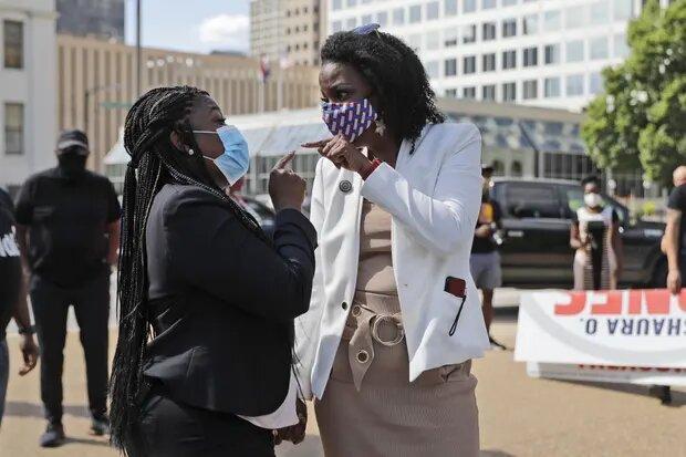 شمار رکوردشکنی از زنان رنگین پوست آمریکا برای کنگره رقابت می نمایند