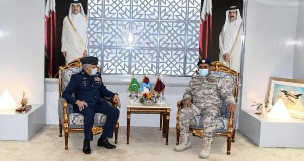خبرنگاران سفر فرماندهان نیروی دریایی و هوایی پاکستان به قطر و عربستان