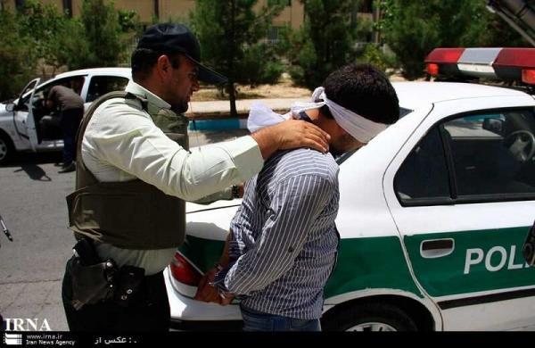 خبرنگاران سرکرده باند سرقت مسلحانه در خوزستان دستگیر شد