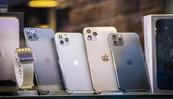 آخرین شرایط در بازار شب عید موبایل، آیفون12 چقدر قیمت خورد؟