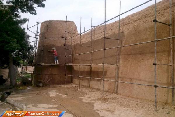 بازسازی برج و باروی تاریخی شاهرود شروع شد
