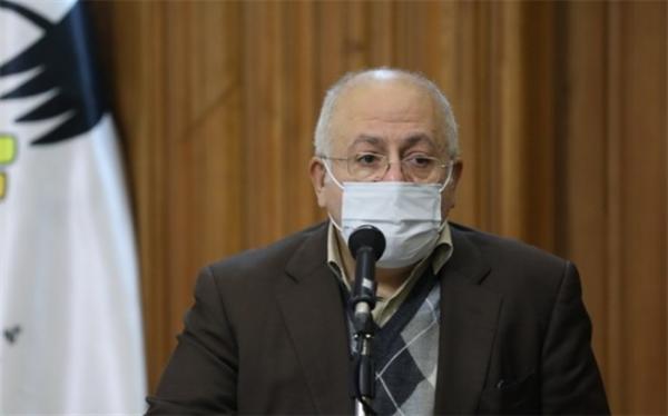 تاکسیرانان شهر تهران در اولویت واکسیناسیون قرار گیرند