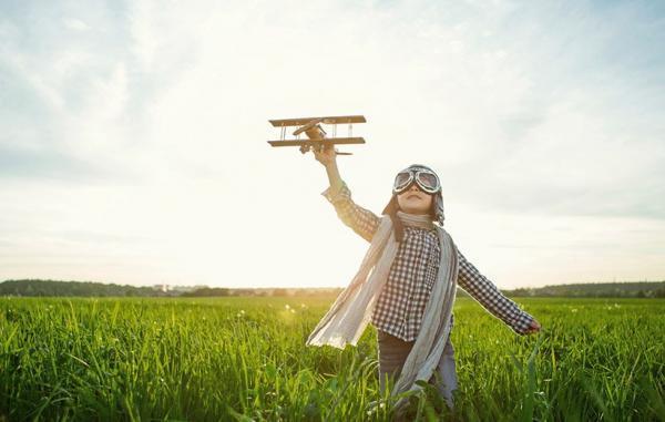 چگونه به فرزندمان در رسیدن به آرزوهای بزرگش یاری کنیم؟