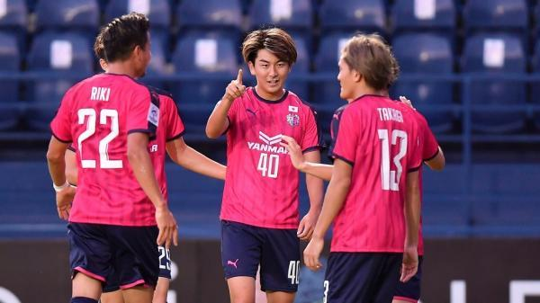 سرزو اوزاکا 5 ، گوانجو صفر ، نماینده ژاپن مقتدرانه صعود کرد