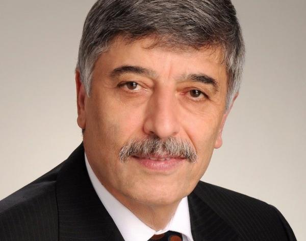 مسعود فرزانه به نام عضو آکادمی علوم انجمن سلطنتی کانادا انتخاب شد